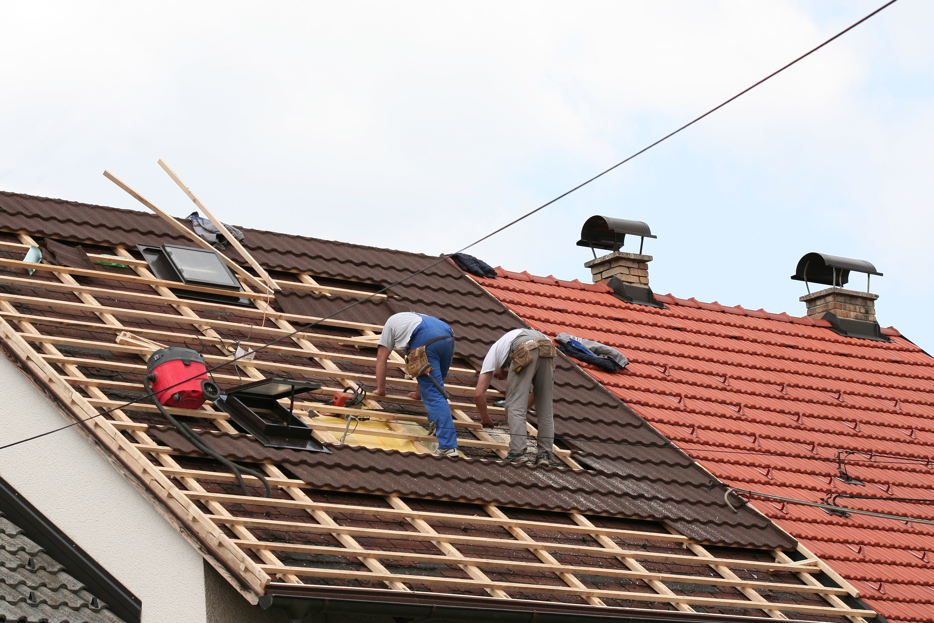 Hiring Roofing Company With Experience is The Key For Your Post Winter Needs