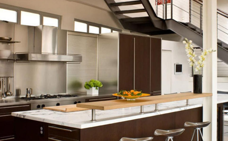 Use of Trending Laminates For Kitchen is a Wise Choice by Any Design Consultant