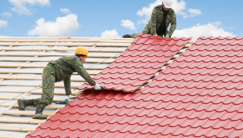 When do You Need Professional Roof Leak Repair?